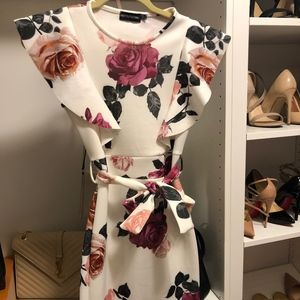 PrettyLittleThing Floral Dress